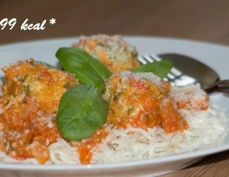Ricottové guľky na paradajkovej omáčke s konjacovými špagetami